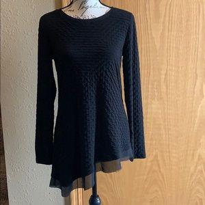 3/$25 Simply Vera asymmetrical tunic